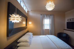Cincinnati Guest House Room for Rent